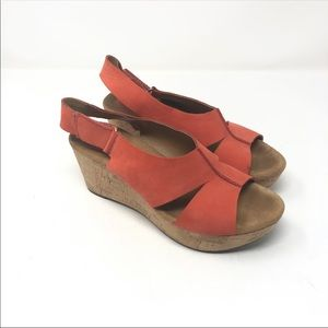 Clarks Size 8.5 Orange Tan Ankle Wedges